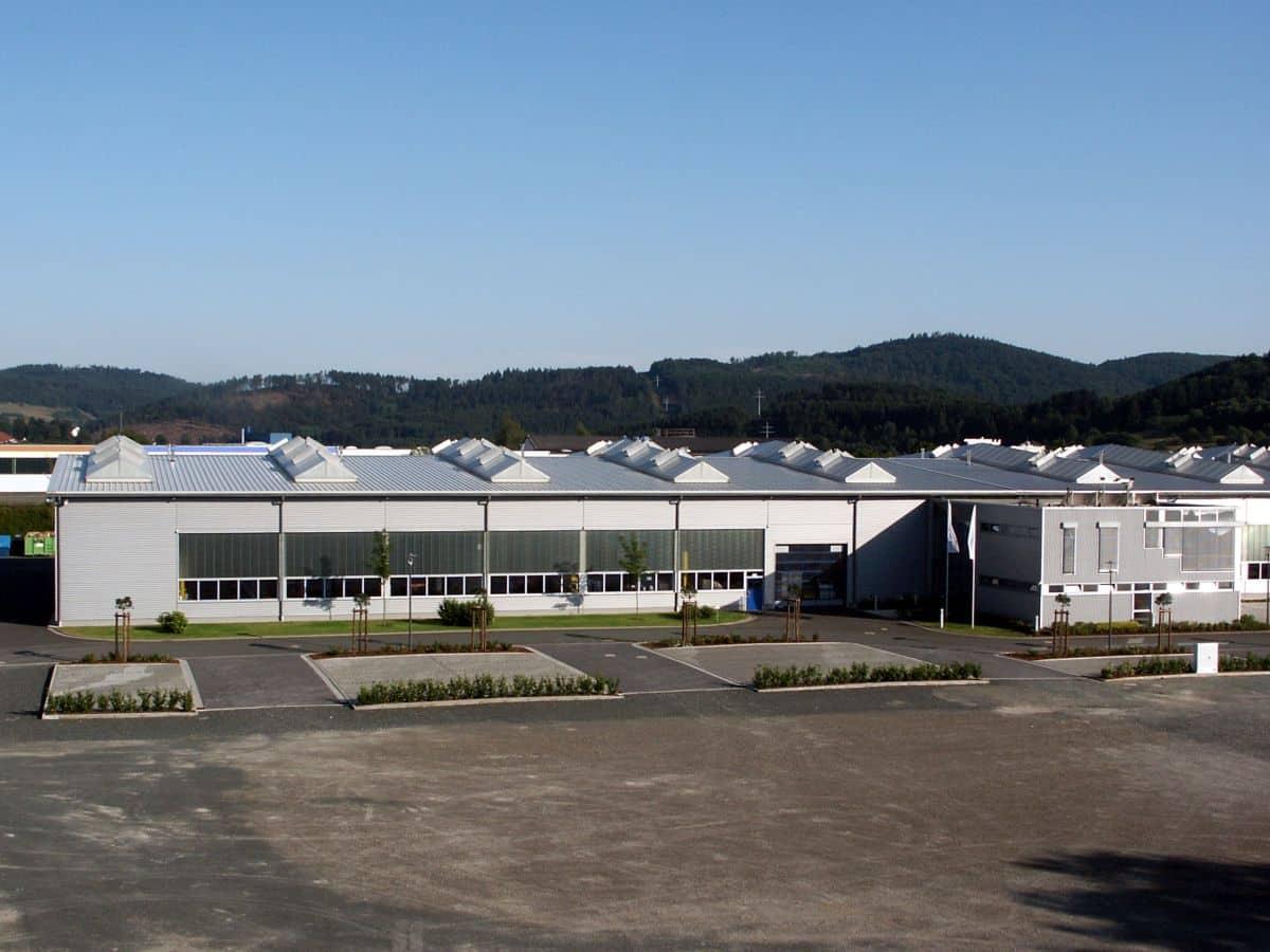 Weber Maschinenbau GmbH | 2001